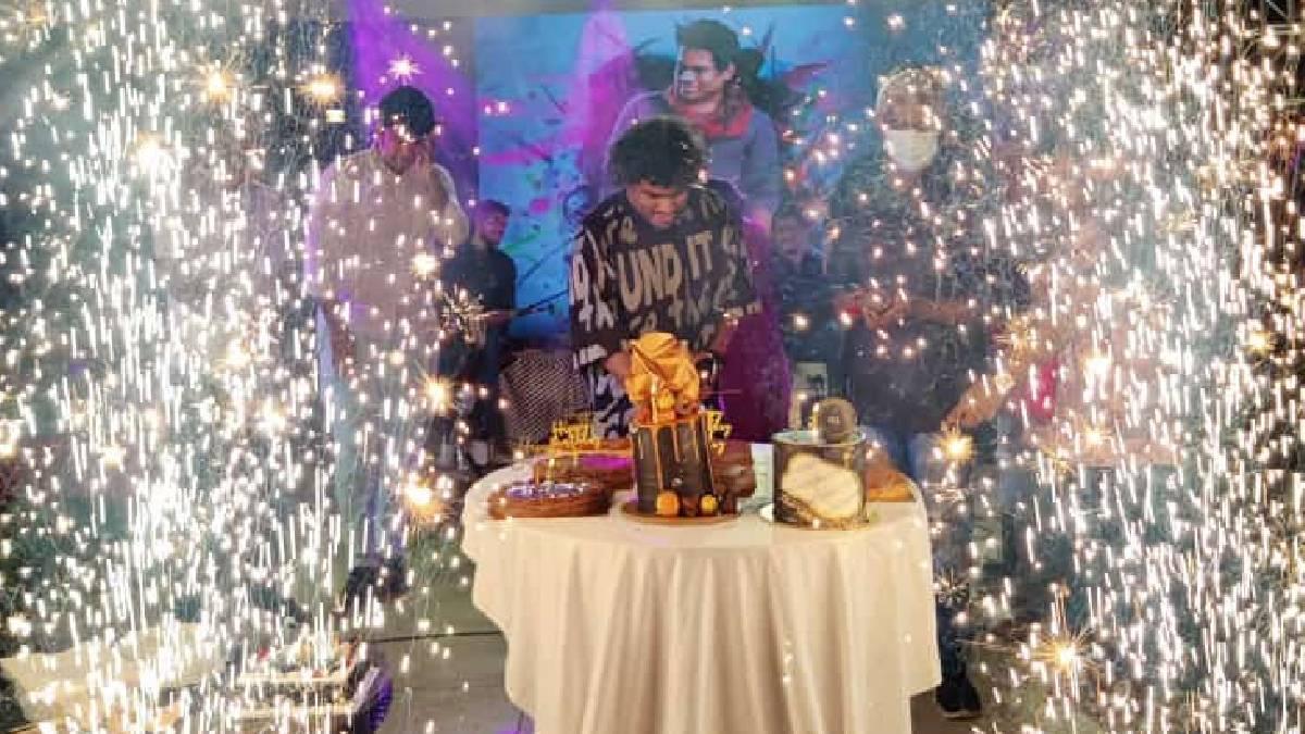 Yuvan Shankar Raja Birthday Special, Big Celebration For The Celebrities
