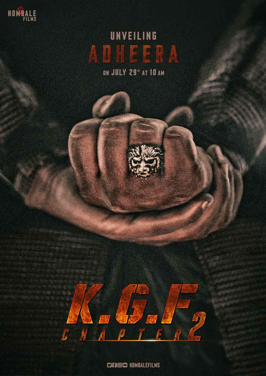 IS Sanjay Dutt the character Adheera in KGF-2