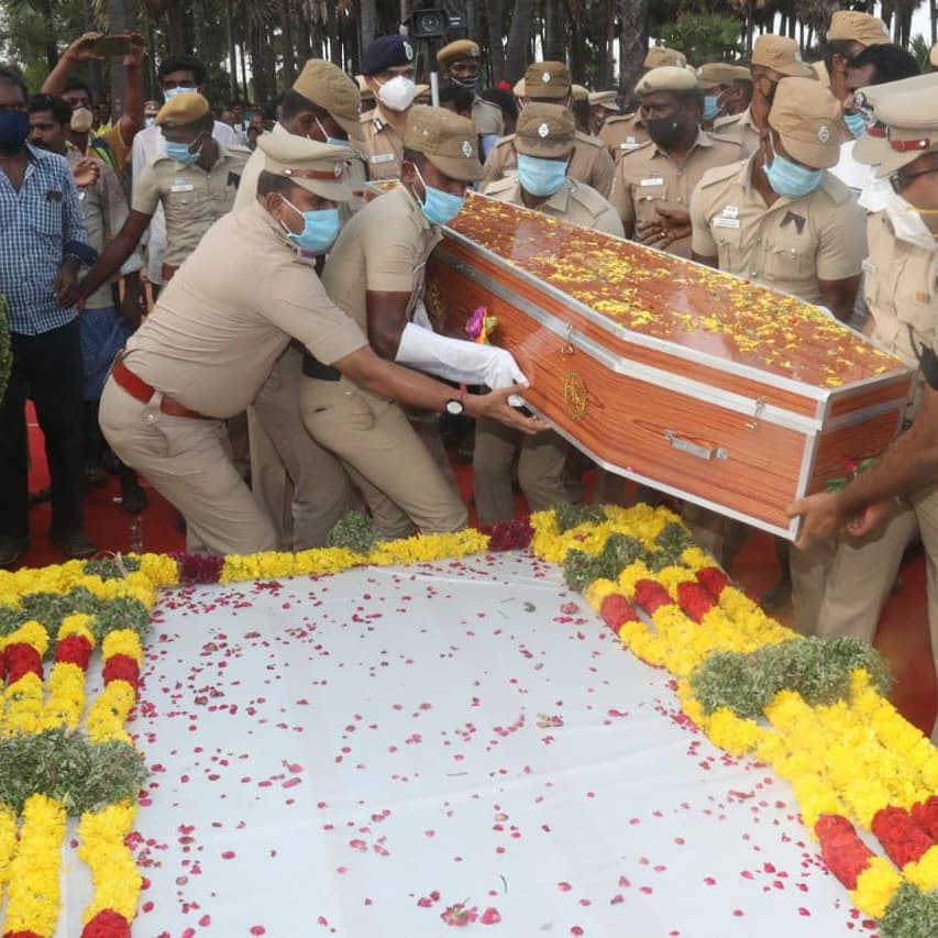 Policeman Subramanian who died a heroic death, was cremated with 30 bullets