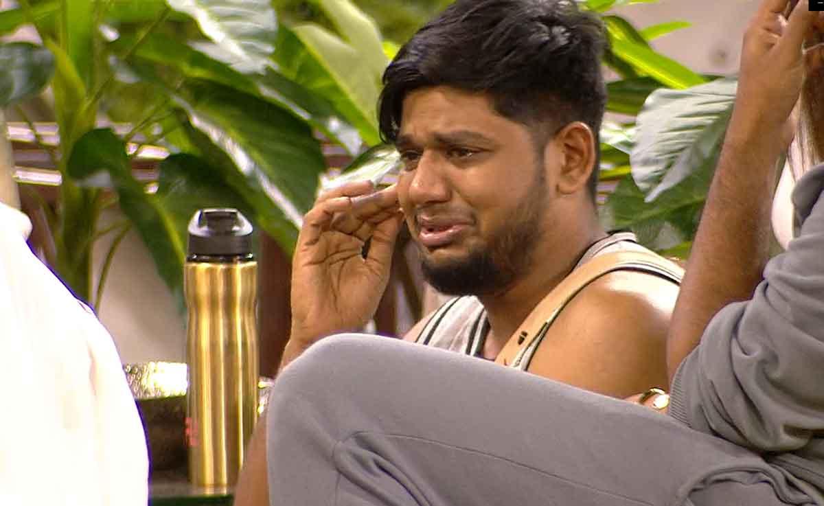 Bigg Boss Tamil 5 Episode 3 Day 2 Highlights: Abishek  Judging Others?