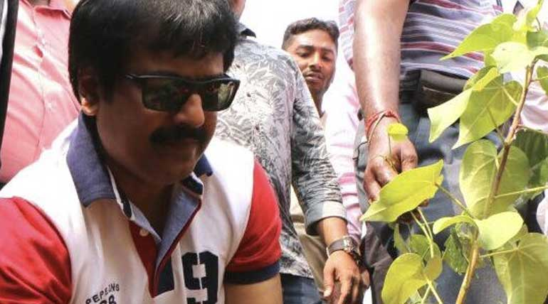 Is Nilgiris flood an eye opener for us?? Actor Vivek About Plastic Flood