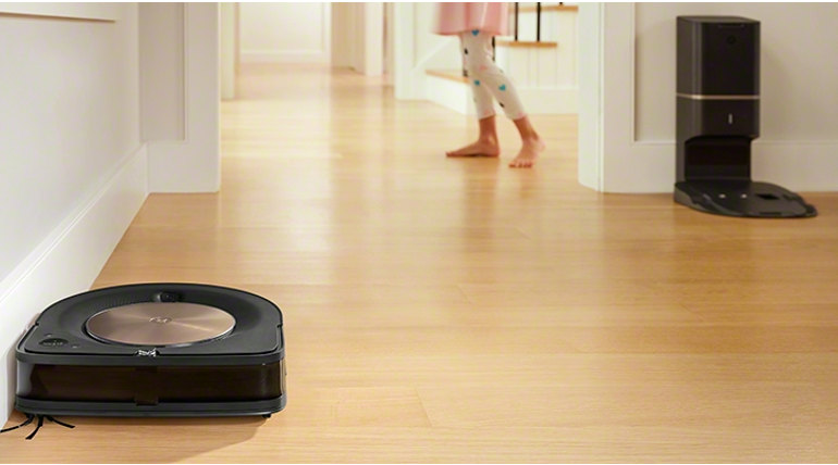 Roomba S9 and Bravaa Image: iRobot