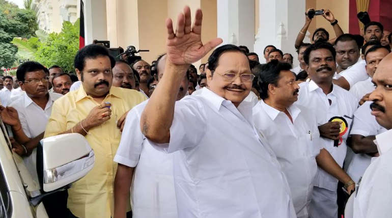 Socail Media and Political Leaders comment over Duraimurugan Speech