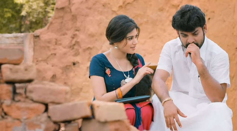 Oviya and Vimal in Kalavani 2