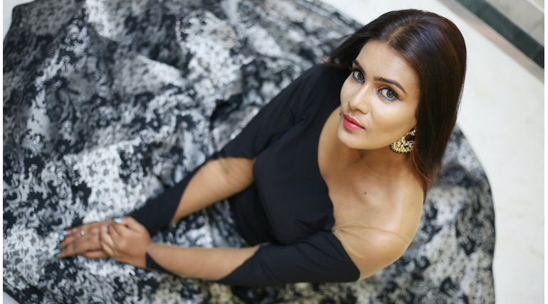 Bigg Boss New Contestant Meera Mitun