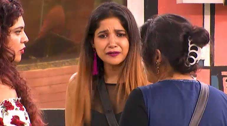 Bigg Boss Tamil Season 3 this week captain Sakshi Agarwal. Image Credit Vijay TV Hotstar