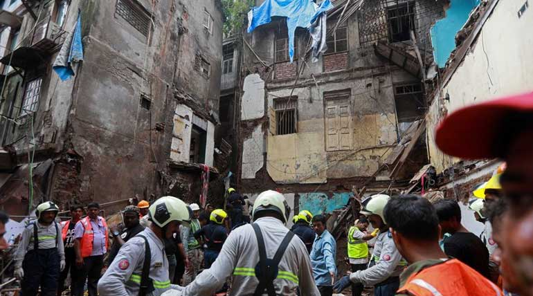 Mumbai Building Collapse Tearful Faces