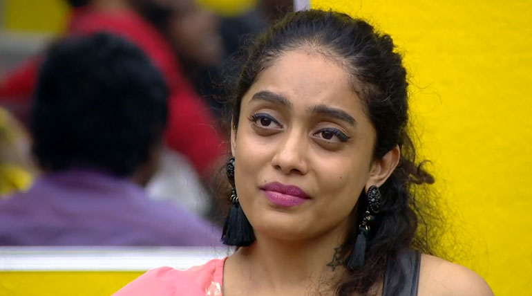 Bigg Boss Tamil 3: Abirami Could Get Highest Votes to get Saved From Elimination. Image Credit Vijay TV Hotstar