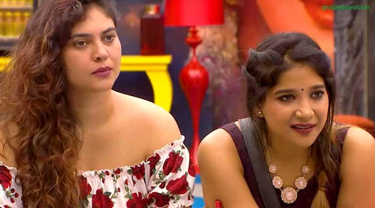 Bigg Boss Contestants Sherin and Sakshi