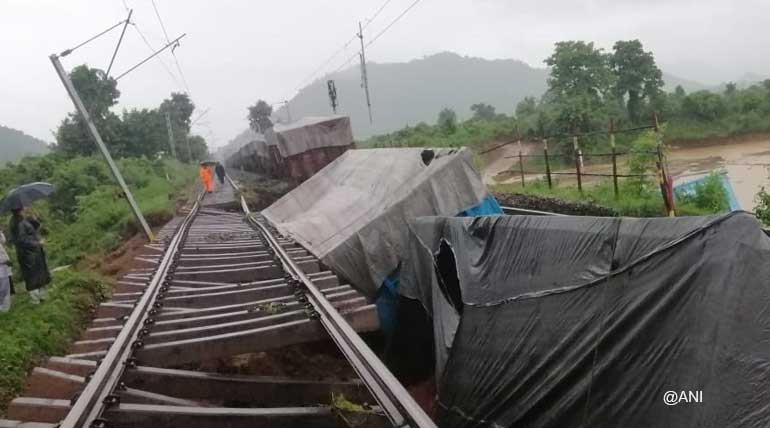 Heavy rains in southern Odisha cause derailment of goods train near Ambodala railway station