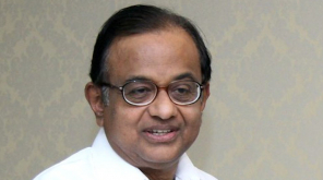 Chidambaram tweets after Sonia Gandhi and Manmohan Singh meet him in Tihar