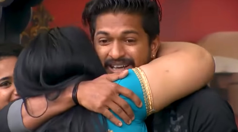 Family Time in Bigg Boss 3 Tamil House