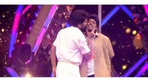 Kavin and Sandy Romance in Bigg Boss Kondattam