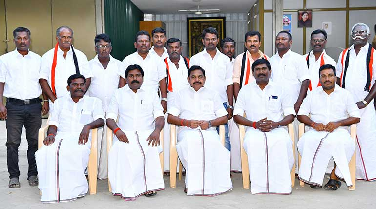 AMMK Party Members Now With Chief Minister Edappadi K Palaniswami