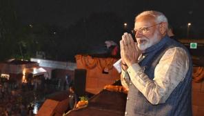Modi Let his Social Media Handled by Women