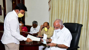 Karnataka CM with donation checks