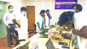 Minister Vijaya Basker Visited Covid ControlRoom at 8 am to meet the doctors