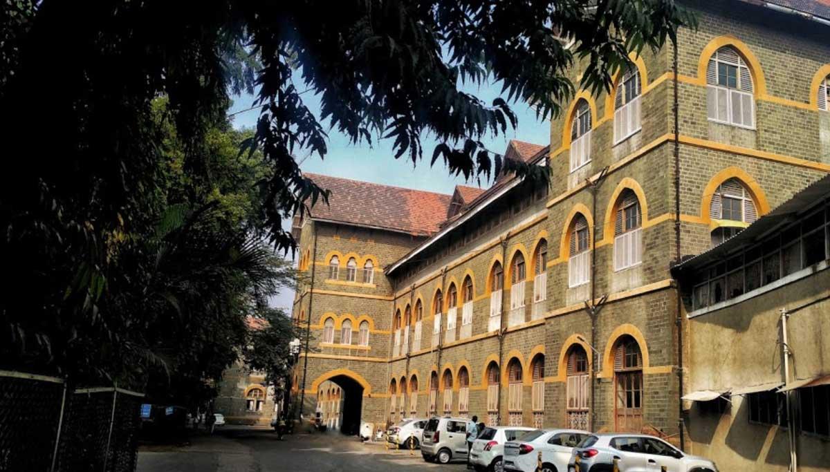AgVa-Maruti consortium delivers 81 ventilators St George Hospital in Mumbai
