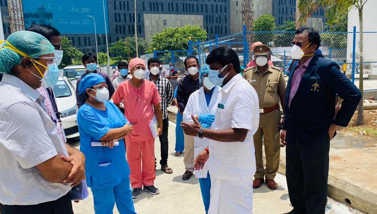 Minister Vijayabaskar visit for COVDI19 facilities at Omandurar