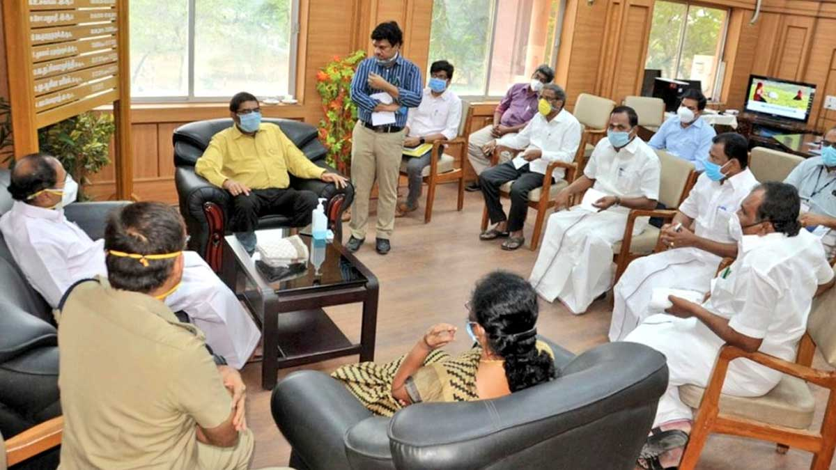 Minister Thangamani with Namakkal Collector at Covid Meeting