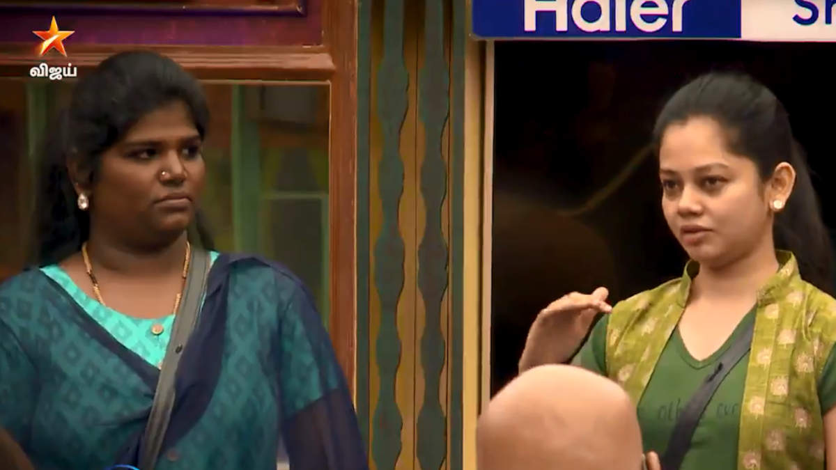 Anitha cries while comparing Nisha to her mother