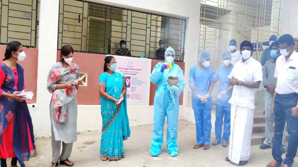 Health Minister Vijaya Basker visited the Siddha CCC at Pudukkottai and examining steam inhalation treatment.