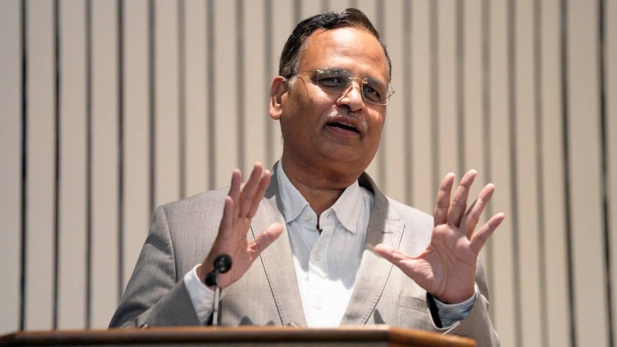 Delhi Heath Minister Satyendar Jain on Banning Holi