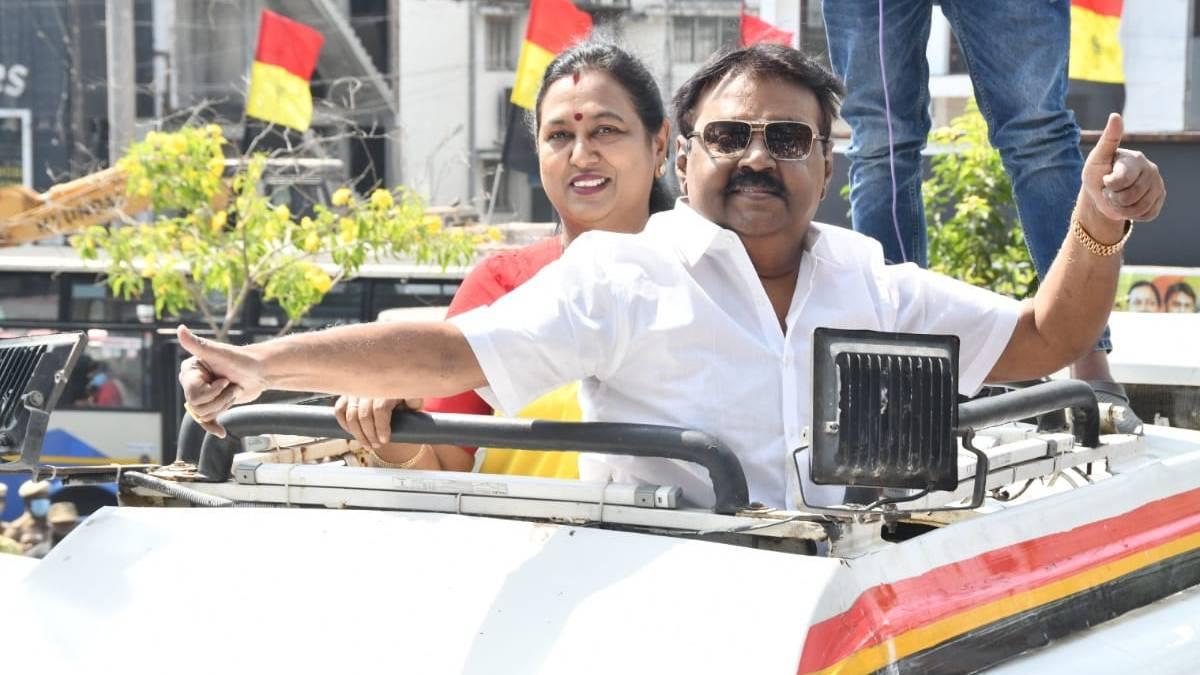 Vijayakanth campaigned in Gummidipoondi