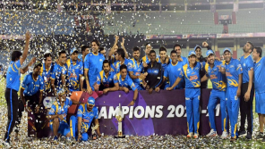 DK tweet on the victory of India