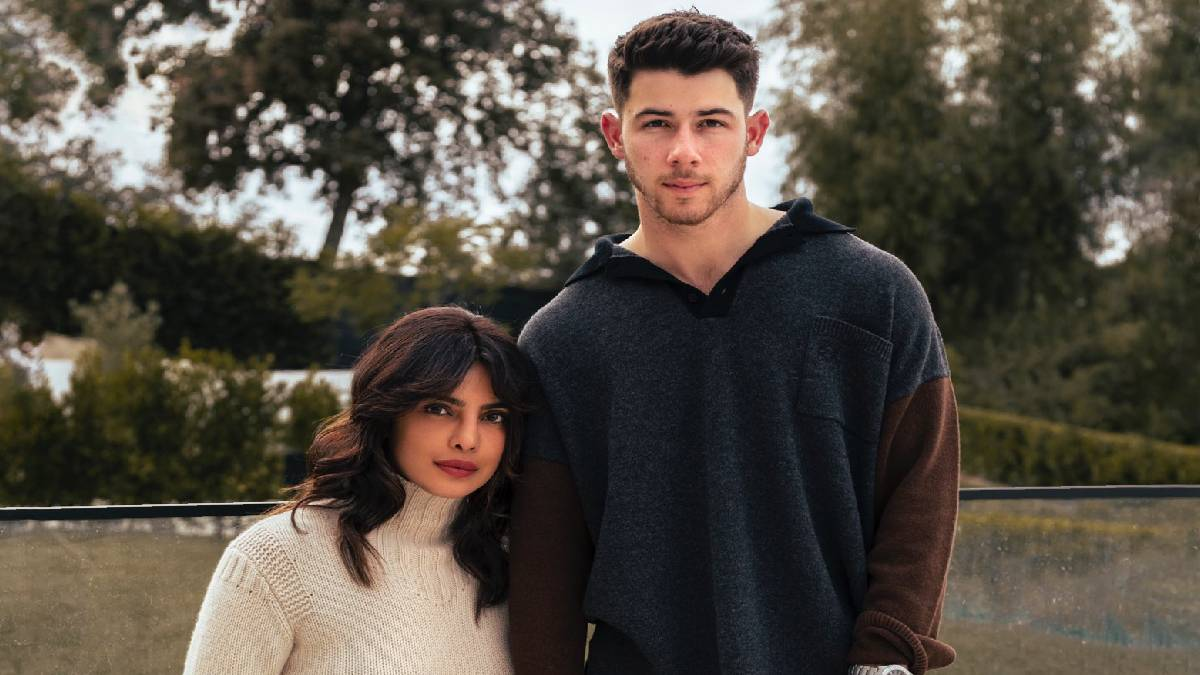 Priyanka and Nick Jonas announcing Oscar norms