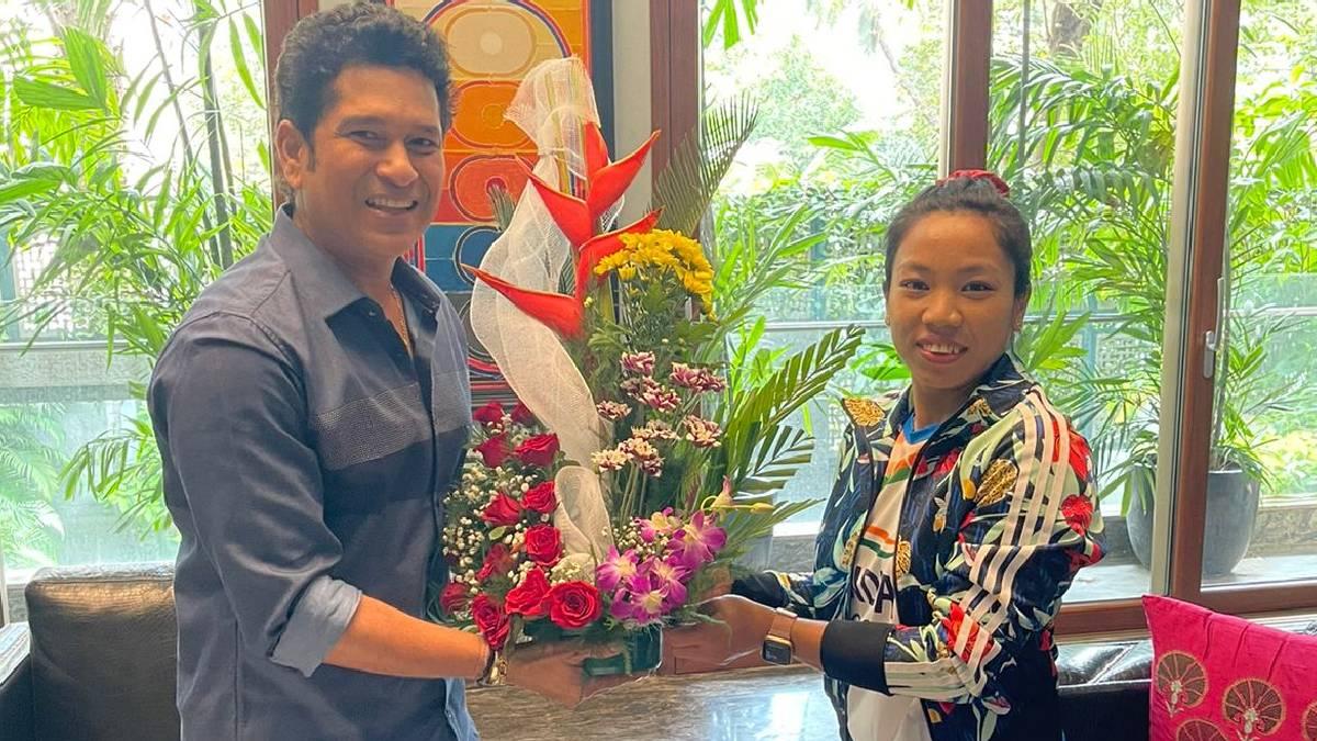 Mirabai Chanu And  Sachin Tendulkar